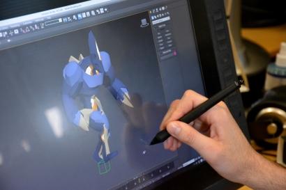 Démonstration d'un personnage en mouvement à l'aide du stylet de la tablette Cintiq 27 QHD