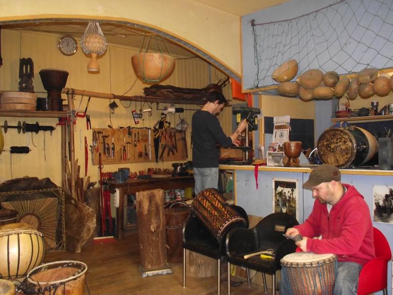 Association rythmétisses luthier africain
